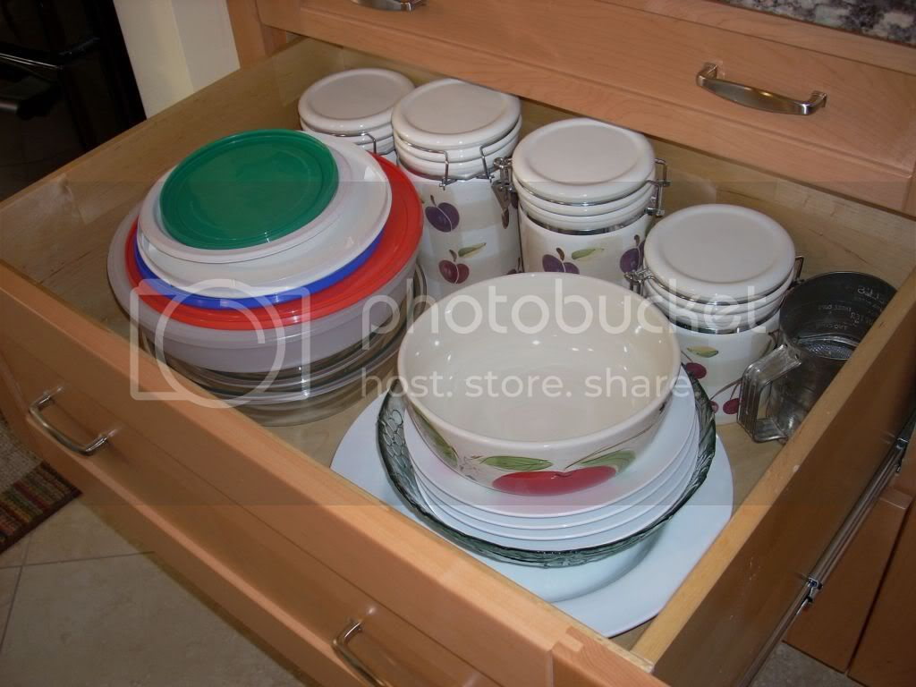 canister and bowl storage
